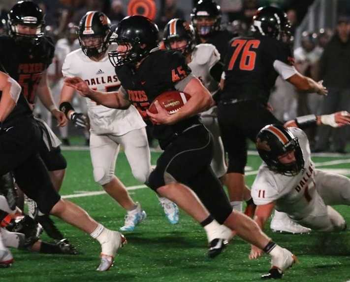 Silverton's Hayden Roth has rushed for a team-high 742 yards and 14 touchdowns. (Photo by Ted Miller)