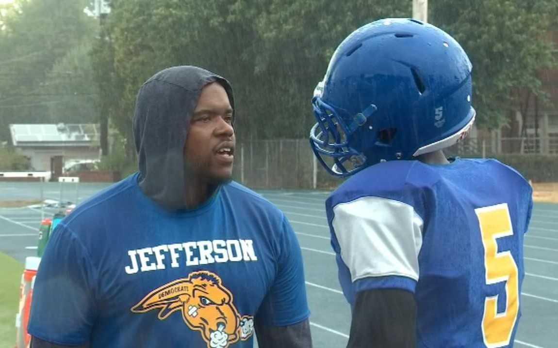 Houston Lillard broke into high school coaching as Jefferson's offensive coordinator last season. (Fox 12 News)