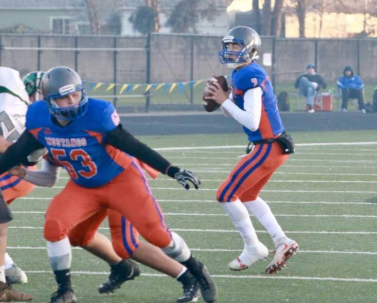 Hidden Valley quarterback Sam Vidlak said the Mustangs 'just want a season.' (Ben Maki/Grants Pass Daily Courier)