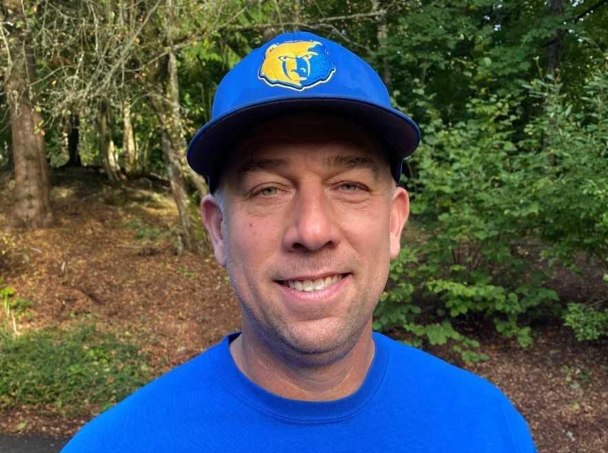 Chris Koenig, who spent 15 years as Gresham's head track coach, has assisted on Barlow's football staff the last three seasons.