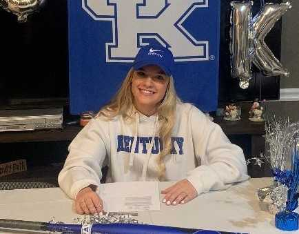 McNary's Taylor Ebbs signed with Kentucky last month, choosing the Wildcats over Oregon and Minnesota.