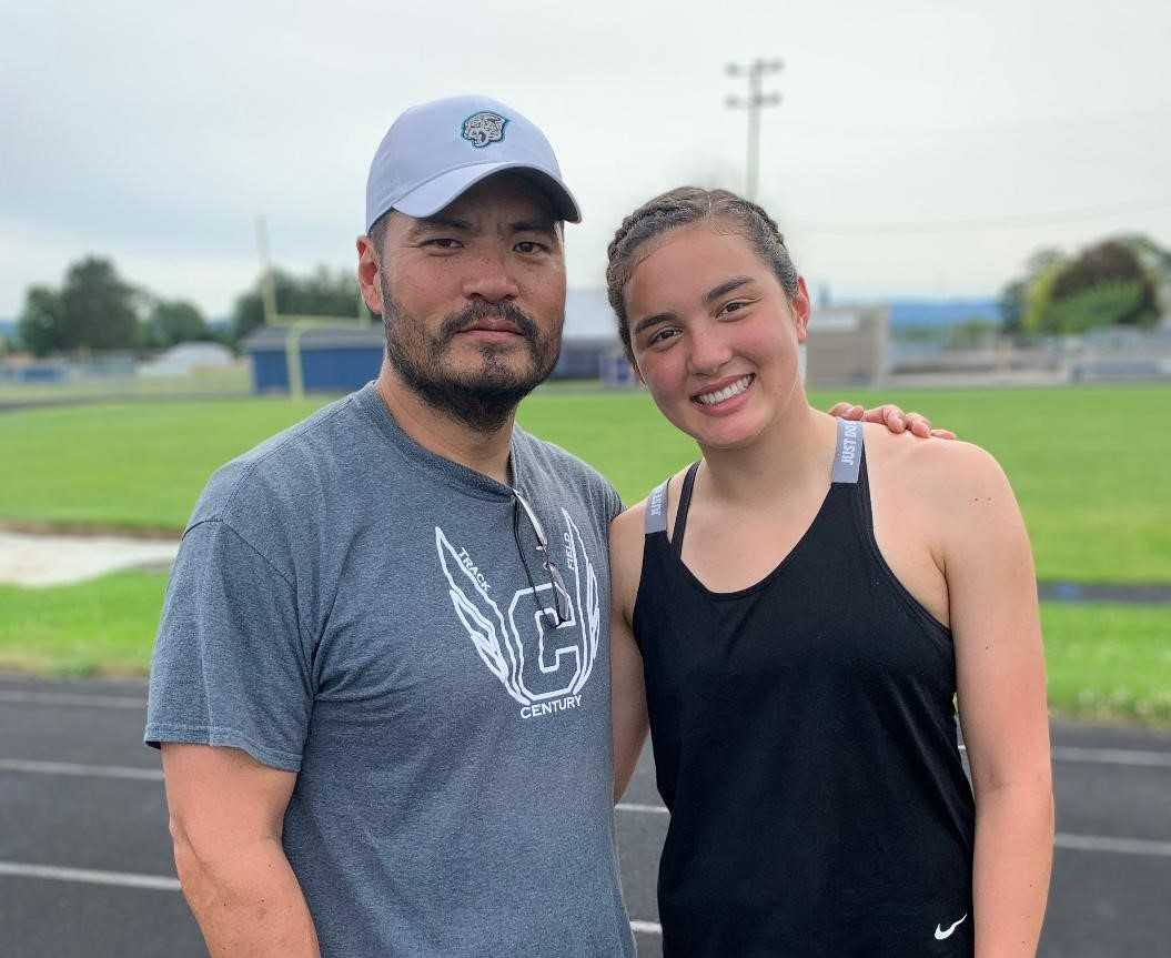 Glencoe's Jayda Lee committed to weight training with help from her father, Century assistant Won Lee.