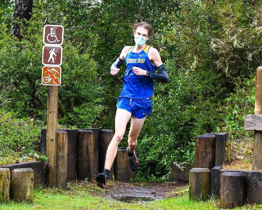 Siuslaw junior Chad Hughes races Saturday against Bandon at Siltcoos Outlet. (Photo by Becky Holbrook)